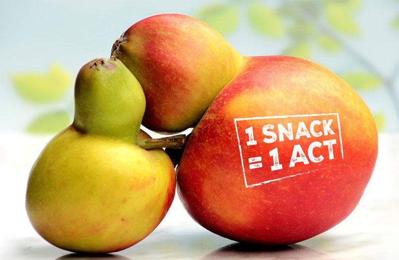 Fighting food waste and saving fruit with Snactivism